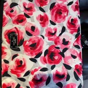 "Kate spade laptop sleeve 15"" roses"
